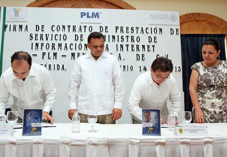 El convenio permitirá consultar, vía internet, las actualizaciones del Diccionario de Especialidades Farmacéuticas. (Cortesía)