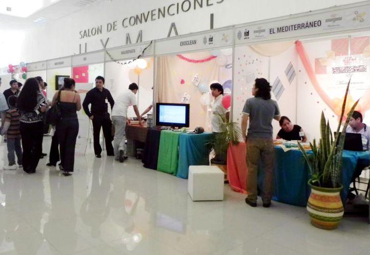 Estudiantes de la Uady presentaron sus proyectos en 22 stands. (Milenio Novedades)