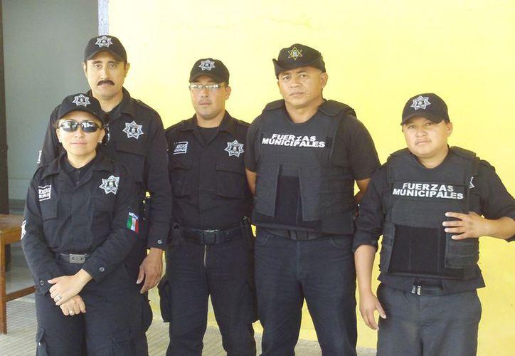 Policía Turística de Progreso. (Manuel Pool/SIPSE)