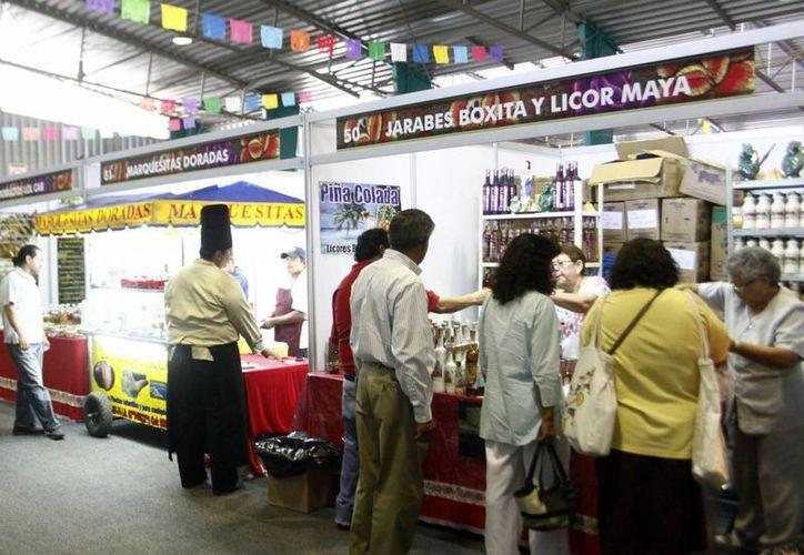 La exhibición de productos del Estado, en la Semana de Yucatán en México, ha sido un éxito. (SIPSE)