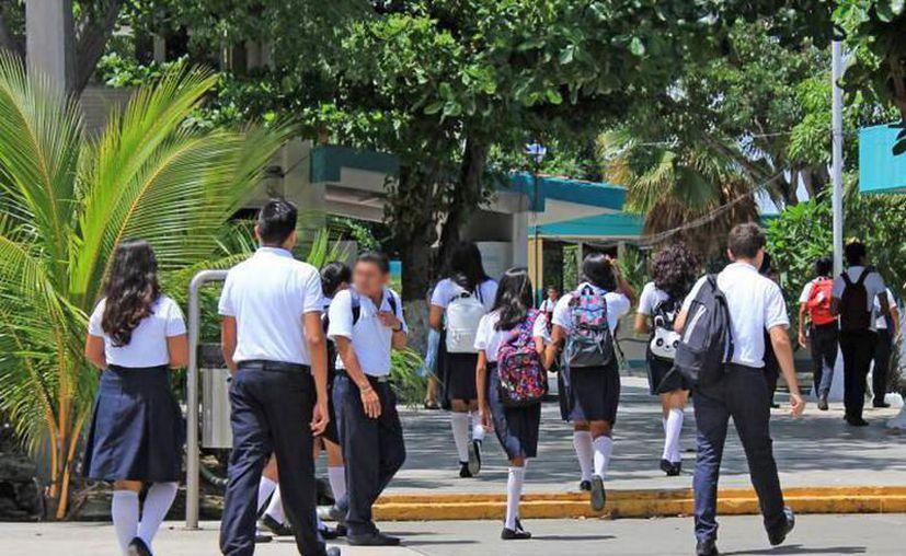 Profesores y alumnos de Yucatán tienen el reto de concluir el ciclo escolar sin tomar clases presenciales. (Archivo/Novedades Yucatán)