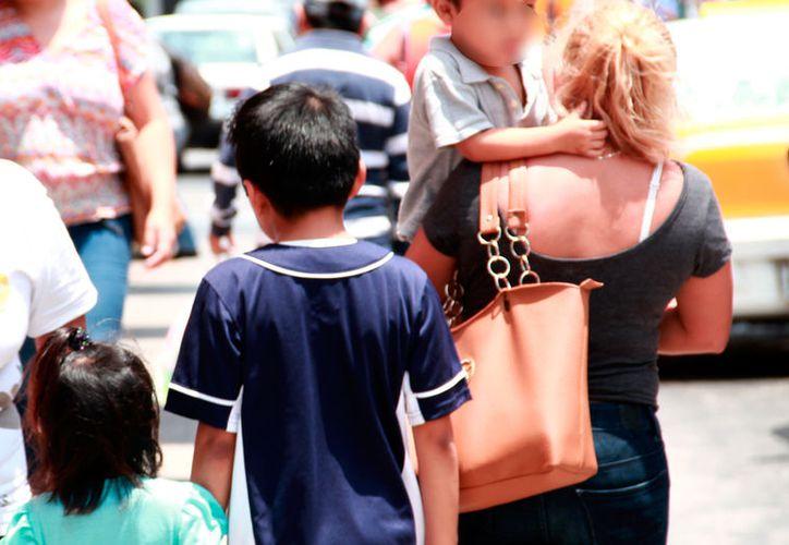 En el Día de las Madre, se dio a conocer que, en Yucatán, más de 500 mil mujeres de 12 años o más han tenido por lo menos un hijo. (Jorge Acosta/SIPSE)