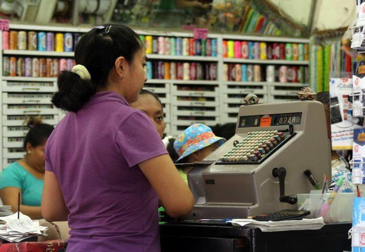 Empresarios yucatecos están en desacuerdo con la homologación del salario mínimo, que se realizará en octubre próximo. (SIPSE)