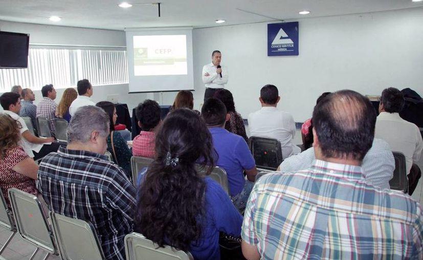 Canacome reunió a emprendedores para explicarles los beneficios de las Zonas Económicas Especiales en Yucatán. (Milenio Novedades)