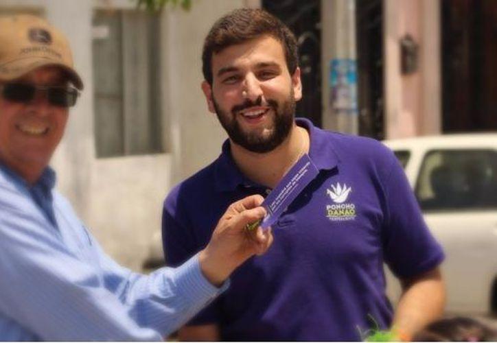 Alfonso Danao es candidato a la alcaldía de Saltillo. (Alfonso Danao/Twitter)