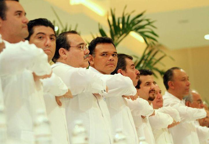 El gobernador Rolando Zapata Bello y el titular de la Sedatu, Jorge Carlos Ramírez Marín, en el evento de la Canadevi. (Cortesía)