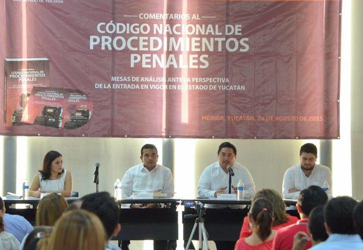 El nuevo Código Nacional de Procedimientos Penales (CNPP) que entrará en vigor en Yucatán el próximo 22 de septiembre brindará más derechos a las víctimas, que contarán con un asesor gratuito. (Foto cortesía del Gobierno del Estado)