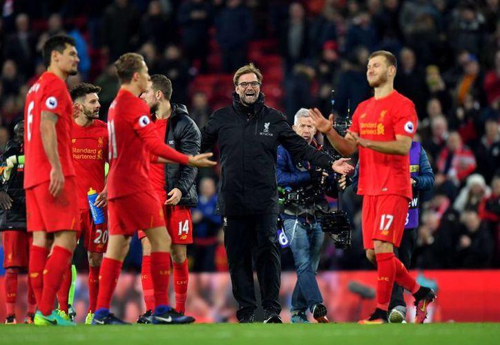 Con el empate ante el Plymouth, Liverpool tendrá que jugar un segundo duelo de desempate para poder definir al equipo que avance a la siguiente ronda.(Dave Howarth/AP)
