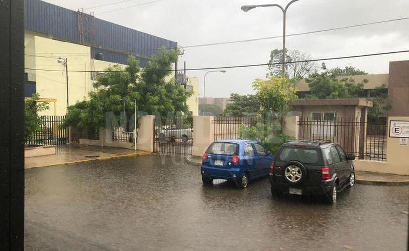 Lluvias fuertes durante la tarde en el Estado. (Foto: Novedades Yucatán)