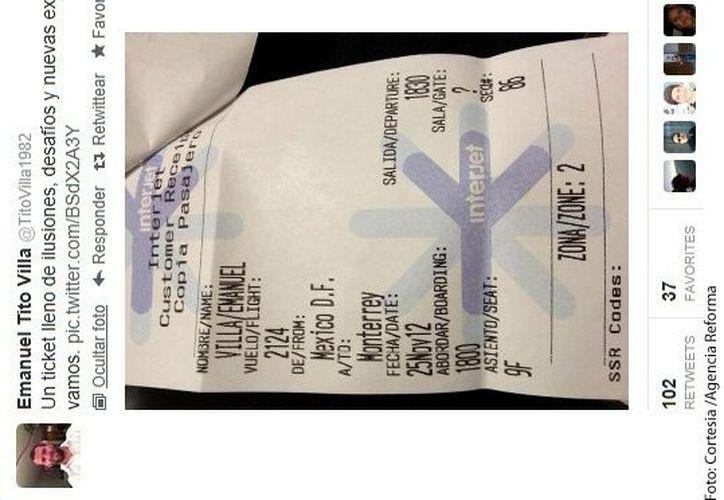 Foto del boleto de avión que subió a Tito Villa a Twitter. (Agencia Reforma)