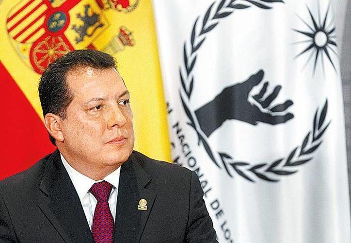 Solo hubo tres opiniones a favor de que Raúl Plascencia permanezca en el cargo de ombudsman nacional. (Milenio)