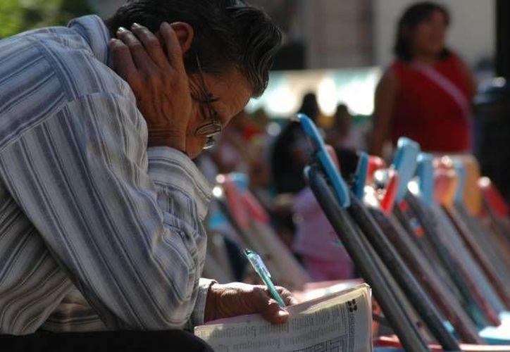 Muchos adultos con el TDAH suelen presentar problemas económicos. (Archivo/SIPSE)