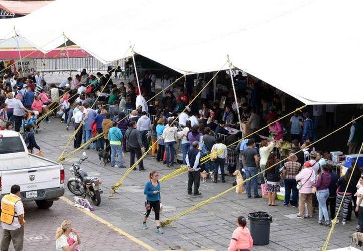 El complejo comercial Plaza Neza está localizado en la esquina de la avenida Lázaro Cárdenas y Cuarta Avenida, de la colonia Benito Juárez. (Vanguardia MX)
