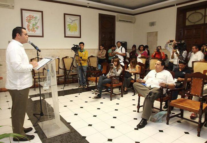 El alcalde Renán Barrera dijo que la posibilidad de que el Ayuntamiento solicite un préstamo aún está vigente. (Cortesía)