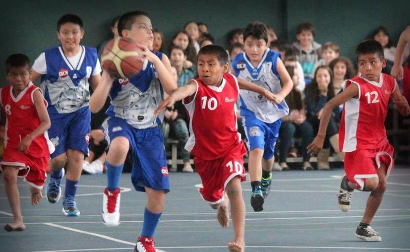 Los jóvenes migrarán a Nuevo León para tener una mejor preparación educativa y deportiva.(Archivo/SIPSE)