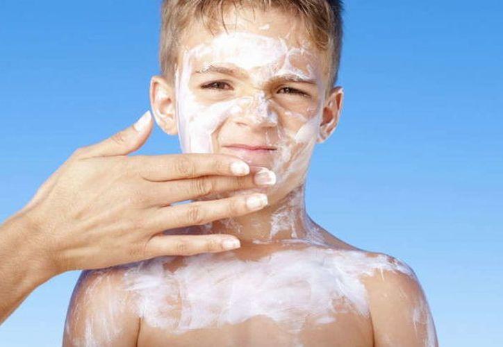 Las  gafas de sol son un aliado en la protección de la piel de los párpados. (Petit Indi)