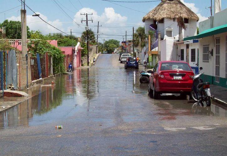 El viernes pasado Cozumel fue declarado zona de desastre natural por las lluvias de fin de mayo e inicios de junio, a pesar de no haber sufrido afectaciones graves.  (Irving Canul/SIPSE)
