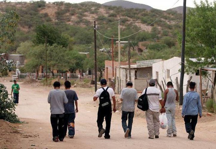 La iniciativa privada de Yucatán ofrece a  yucatecos deportados por el presidente Donald Trump empleos en el sector comercio en las nuevas plazas comerciales de la ciudad. (Foto de contexto de SIPSE)