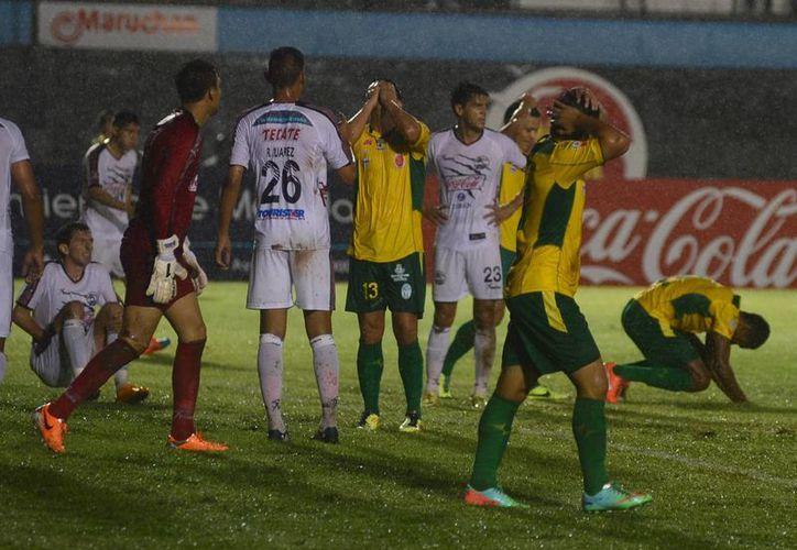 El CF Mérida pudo haber salvado la pésima temporada en la Liga de Ascenso MX con un buen cierre en Copa MX, pero fueron eliminados en cuartos de final por Lobos BUAP. (Luis Pérez/Milenio Novedades)
