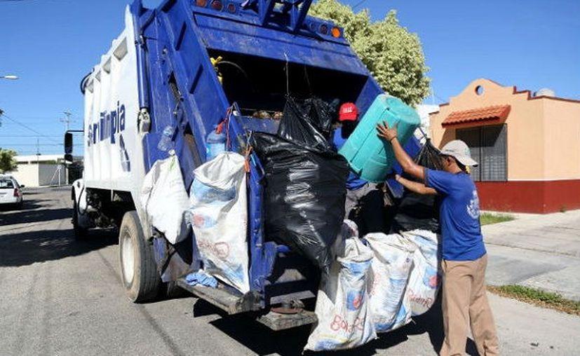 Aseguran que el costo de traslado de los desechos es mayor que el cobro domiciliario. (Novedades Yucatán)