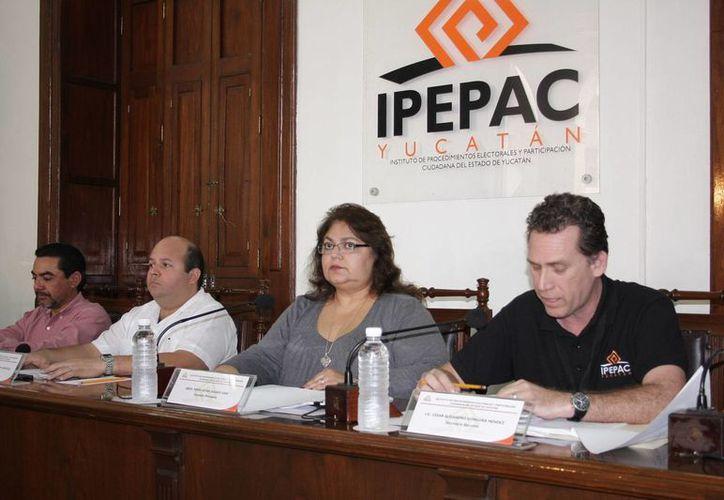 Gastos de campaña de 2012 entrará al Consejo General del Ipepac a discusión. (Milenio Novedades)