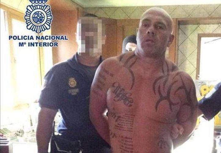 Detienen en Málaga a un fugitivo británico que usó 'una habitación del pánico'. (PoliciaMálaga)
