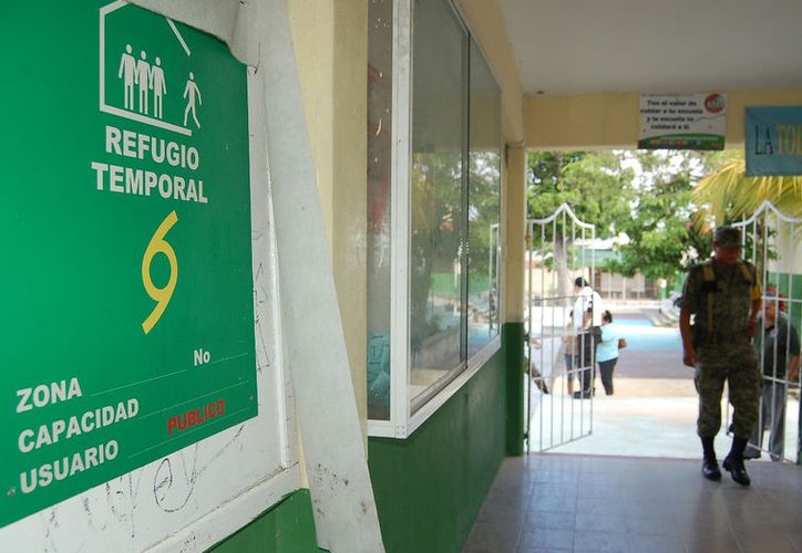 Los hoteles deben contar con refugios fuera de la zona hotelera. (Israel Leal/ SIPSE)