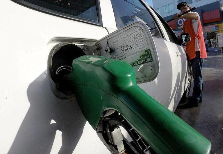 Las gasolina Magna aumentará de precio este 1 de septiembre, un gasolinazo que ya estaba previsto por la Secretaría de Hacienda. (Archivo/NTX)