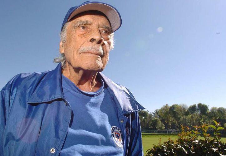 El exentrenador de futbol Don Nacho Trelles será homenajeado por el Senado de la República. (maquinacementera.com.mx)