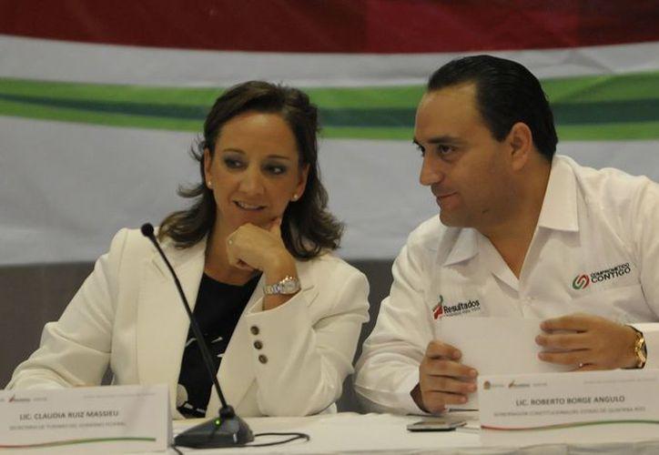 El primer evento del día fue la sesión ordinaria del Consejo Consultivo de Turismo de Quintana Roo. (Cortesía/SIPSE)