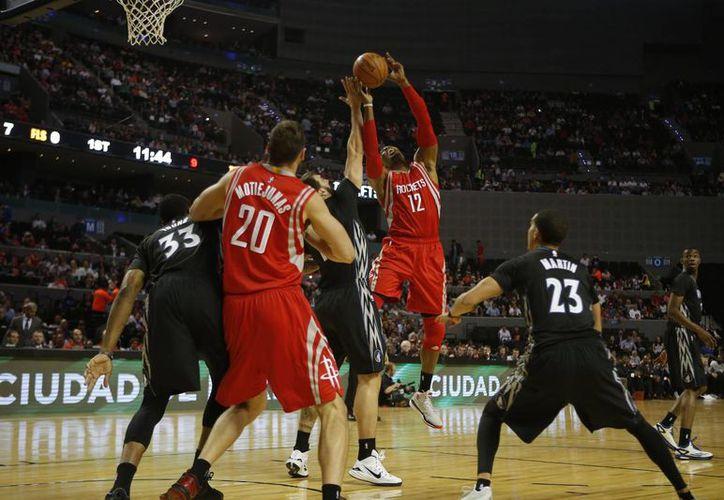 Houston le propinó su tercera derrota consecutiva a los 'Wolves'. (Foto: AP)