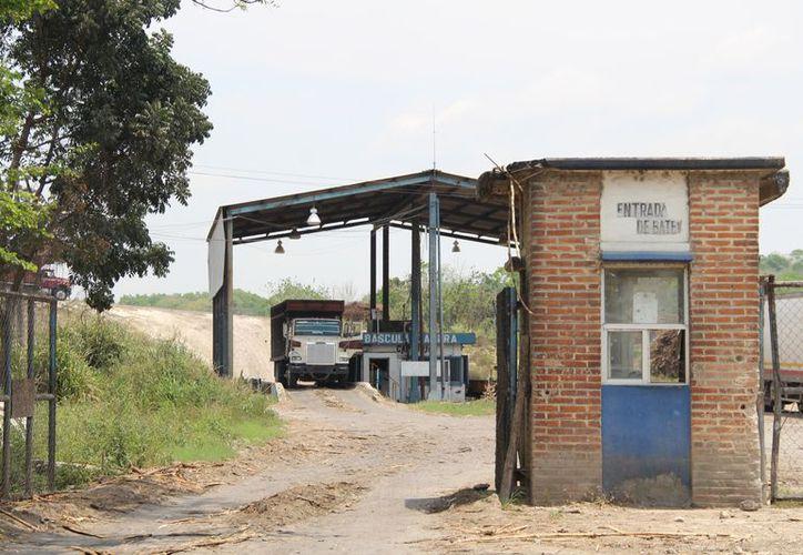 El domingo no hubo molienda por casi nueve horas, debido a una falla técnica en la factoría. (Carlos Castillo/SIPSE)