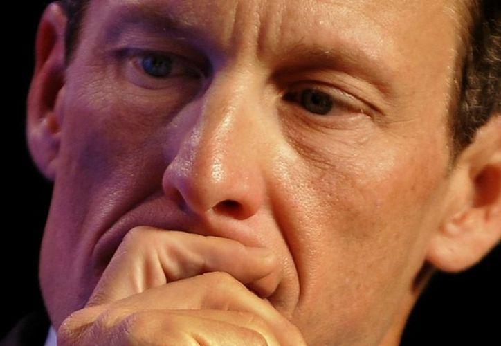 La sanción contra Armstrong podría verse reducida si admite el uso de sustancias ilegales. (Foto: Agencias)