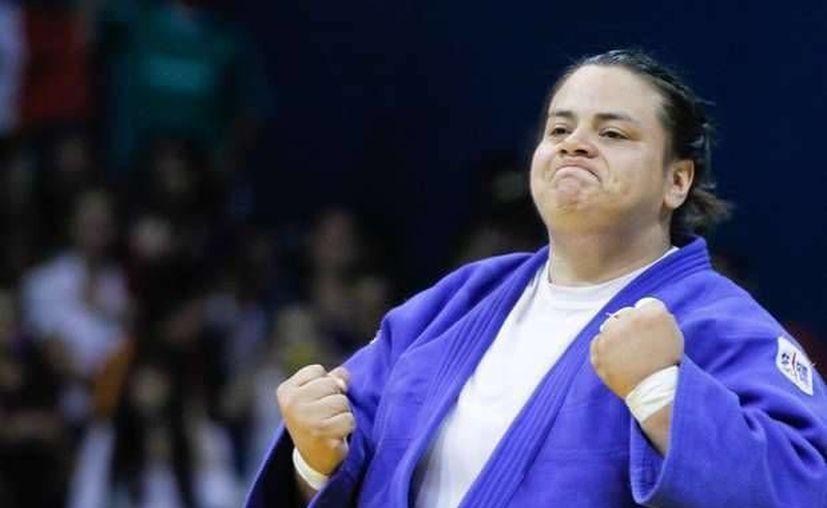 En imagen, Vanessa Zambotti durante su participación en los Juegos Panamericanos de Guadalajara 2011, donde consiguió bronce. El siguiente paso para la chihuahuense es el Campeonato Mundial en Kazajastán a finales de este mes. (Archivo AP)