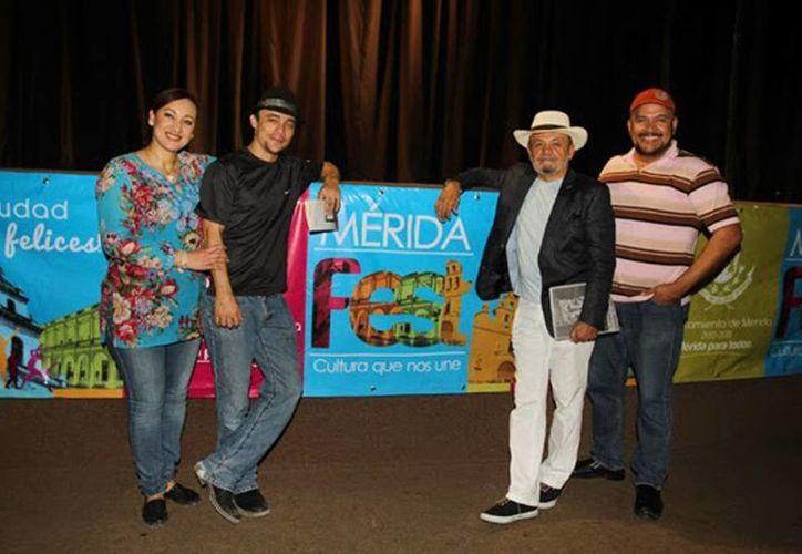 Imagen de la Compañía Teatral del Norte, que se presentarán hoy en en el Teatro Felipe Carrillo Puerto, a las 20:00 horas. (Milenio Novedades)