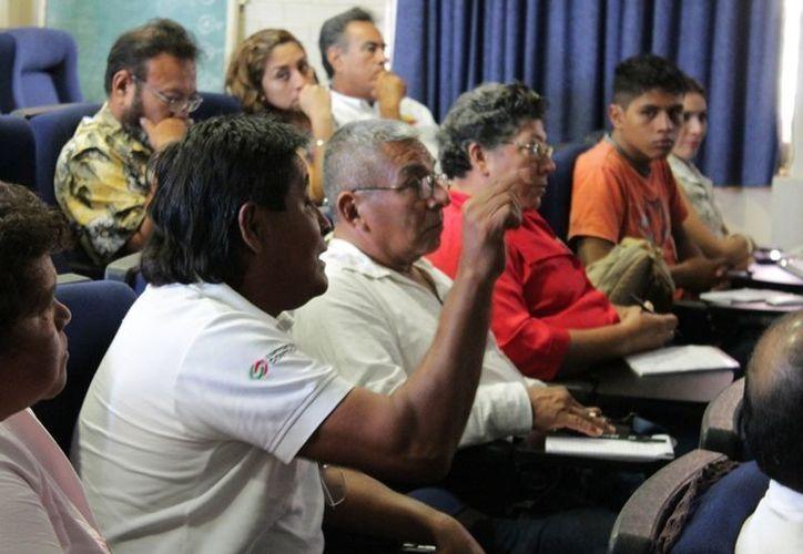 Este es el principio de una serie de cursos, talleres y apoyos que se brindarán a los más de 70 productores de tilapia en todo el estado. (Edgardo Rodríguez/SIPSE)
