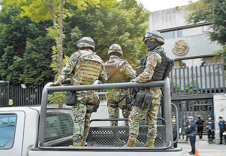 El presunto narcotraficante fue trasladado a la Ciudad de México, para rendir declaración ministerial. (SIPSE/Contexto)