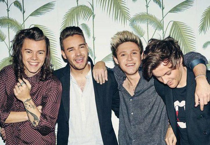 El grupo One Direction anunció su separación por lo menos de un año. La información llega en un momento en el que el rumor de que se desintegrará  definitivamente estás más fuerte que nunca. (Facebook)