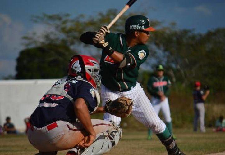 Brayan Quintero se desempeña como infielder de los Leones de Yucatán. Además conforma el grupo de siete novatos que probarán suerte en Panamá.(Foto tomada de Leones.mx)