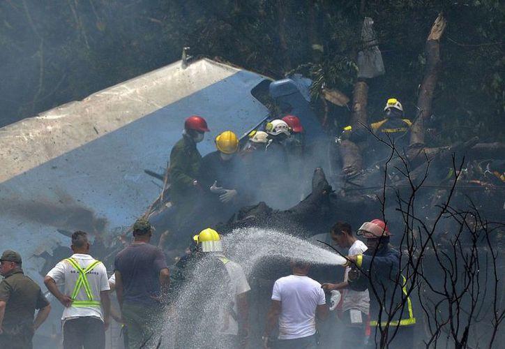 Siete mexicanos murieron en el accidente aéreo. (AFP)