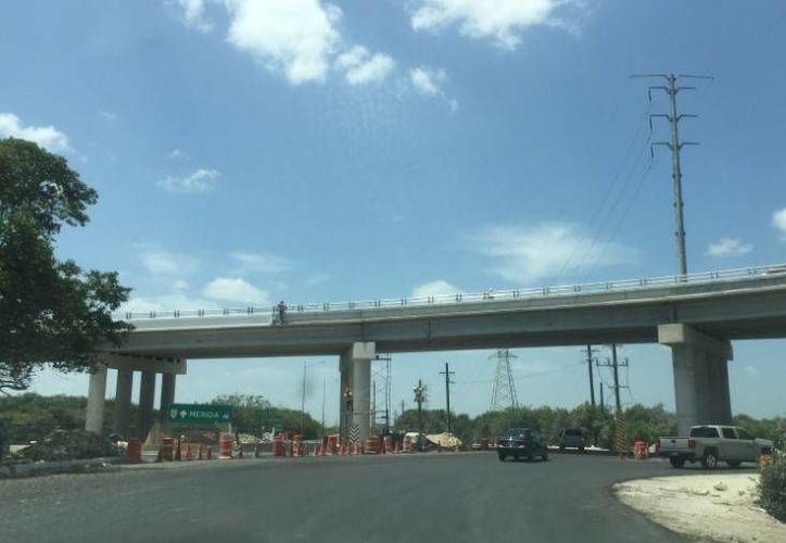 Se espera que el nuevo distribuidor vial de Progreso tenga un aforo de 30 mil vehículos al día y hasta 45 mil en periodos vacaciones. (Óscar Pérez/SIPSE)