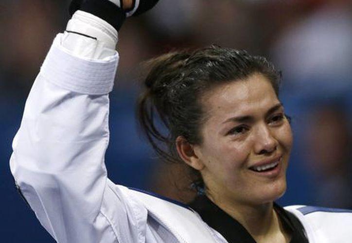 María Espinoza tiene todo para hacer historia en Río 2016. (AP)