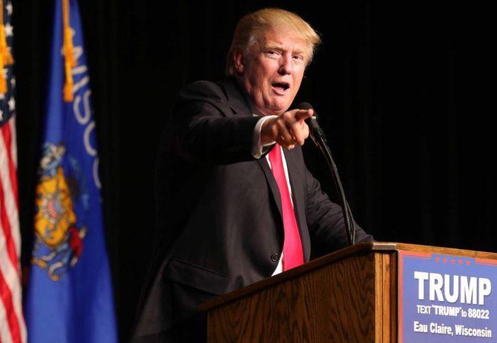 Donald Trump es blanco de las bromas de la comediante y actriz Chelsea Handler en su nuevo programa. (AP/archivo)