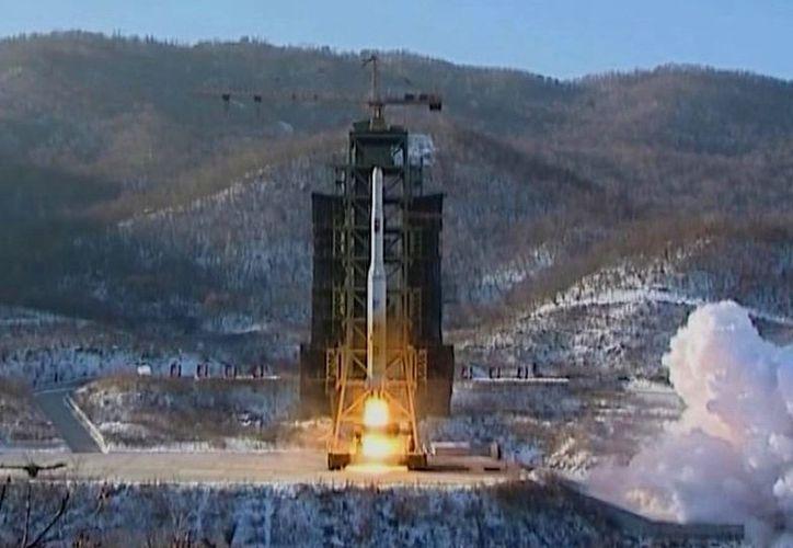 Lanzamiento de cohetes en la estación de Sohae, Corea del Norte, en diciembre de 2012. (Agencias/Foto de archivo)
