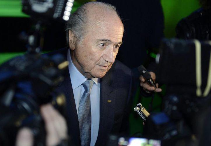 Joseph Blatter dijo el viernes que ningún miembro de la FIFA ha propuesto despojar a Havelange de la presidencia honoraria. (Agencias)