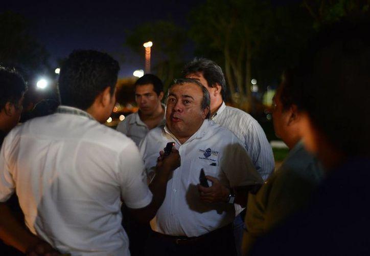 El director de la Facultad de Derecho de la Uady habló con los medios de comunicación. (Luis Pérez/SIPSE)