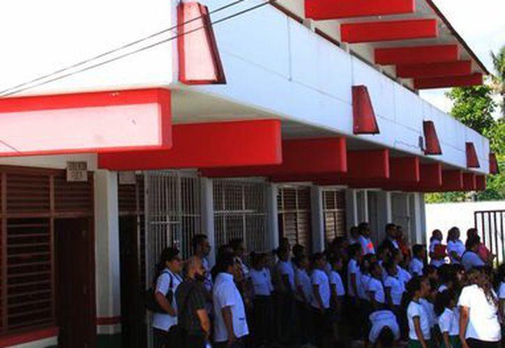 Los certificados de educación básica emitidos en Quintana Roo ahora serán digitales. (Ángel Castilla/SIPSE)