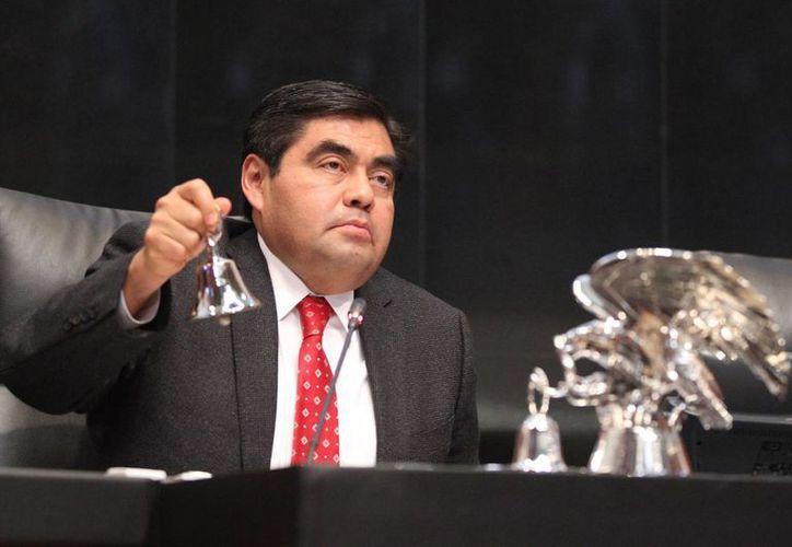 El coordinador del PRD en el Senado, Miguel Barbosa, demandó la reaprehensión de Joaquín 'El Chapo' Guzmán a más tardar el 31 de agosto próximo. (Archivo/Notimex)