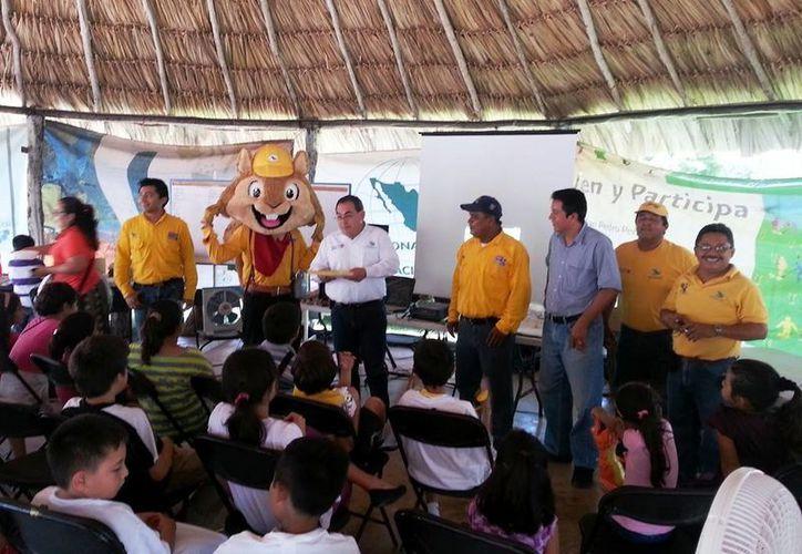 Se han creado 35 brigadas comunitarias para prevenir los incendios forestales en Quintana Roo. (Edgardo Rodríguez/SIPSE)
