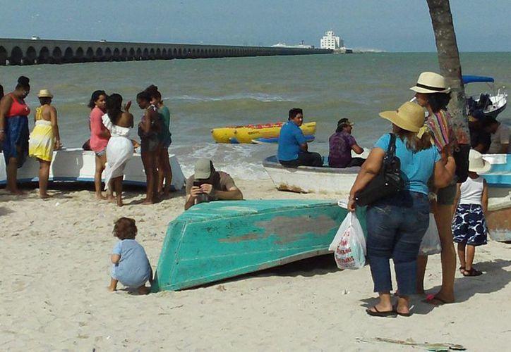 A juicio del PVEM, las playas yucatecas no han recibido la atención necesaria. (Manuel Pool/SIPSE)